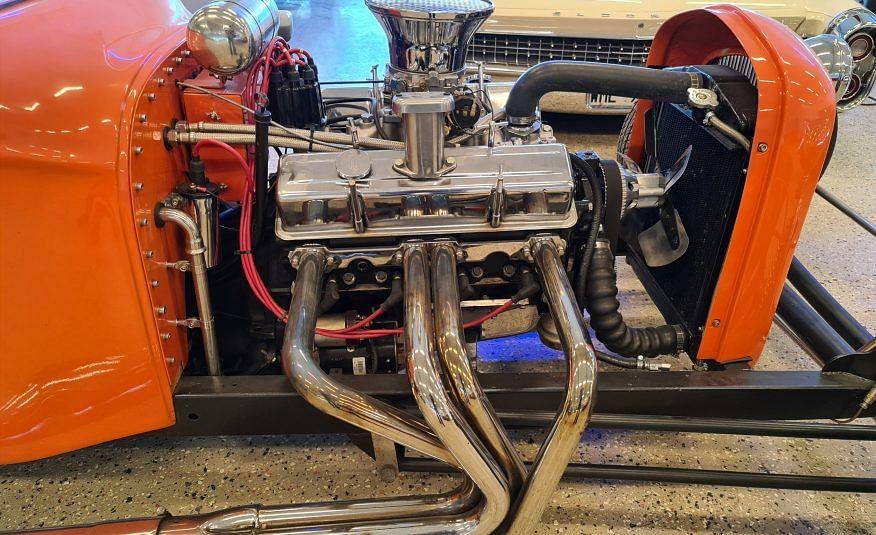 T23 Hot Rod V8 Automat Riktig blickfångare